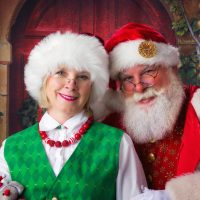 Mrs Claus Plus Santa